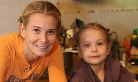 Юлия Высоцкая с Машей